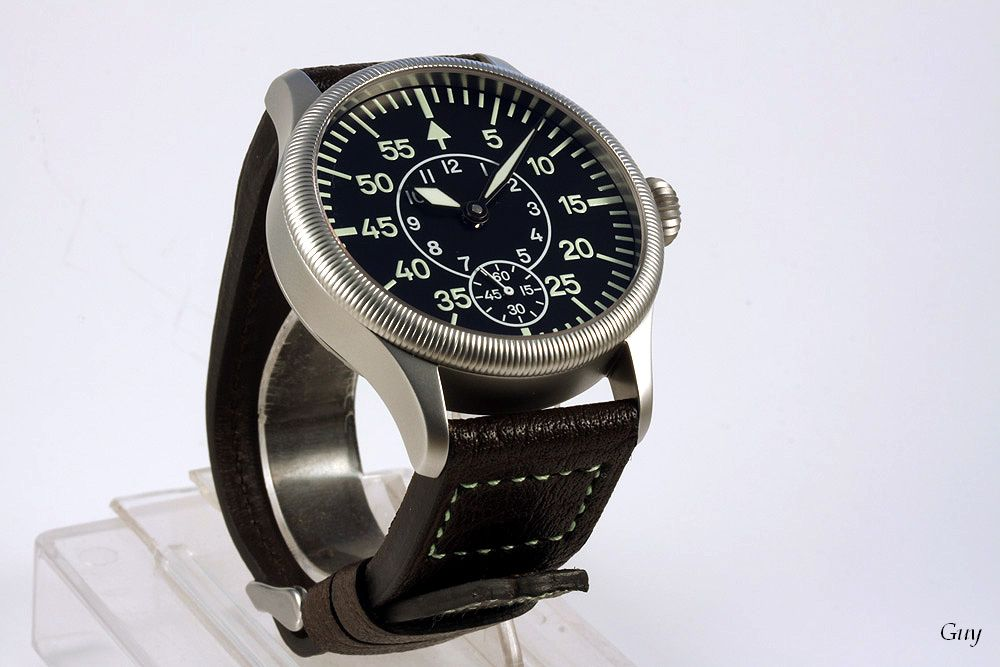 Pilote buffle marron coutures tritium
